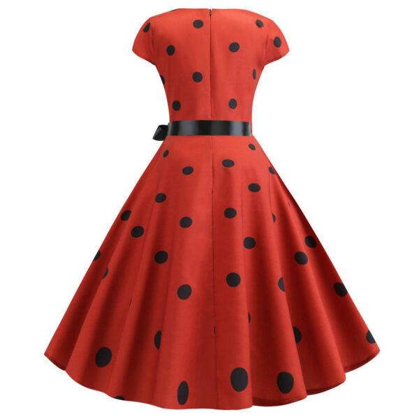 Vestido rojo rockabilly }